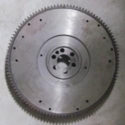 德龙车刚换的飞轮齿圈和马达齿和磁力开关 吱吱开始响是怎么回事
